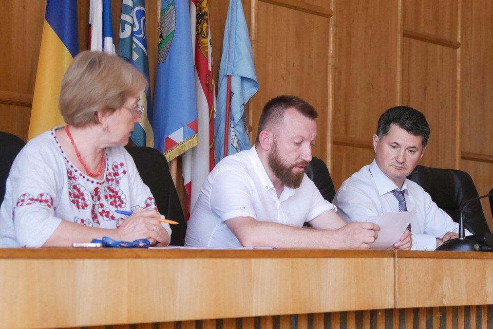 В Ужгороді відбулись громадські слухання щодо змін назв деяких вулиць (ФОТО), фото-1