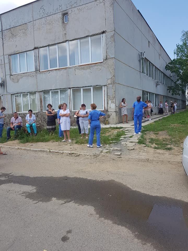 """В Ужгороді """"замінували"""" усі медичні заклади - на місці працюють відповідні служби (ФОТО), фото-7"""