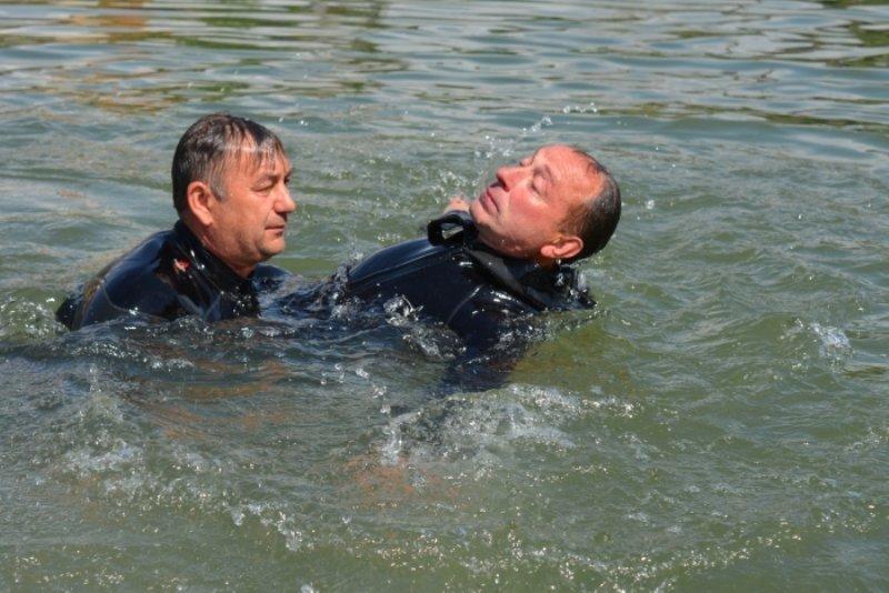 З початку року 13 смертей на воді: як розпізнати утопаючого та врятувати своє чи чуже життя (ПОРАДИ, ВІДЕО), фото-1