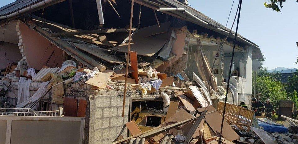 Під час вибуху газоповітряної суміші на Закарпатті постраждали чоловік та 2-річна дитина (ФОТО), фото-4