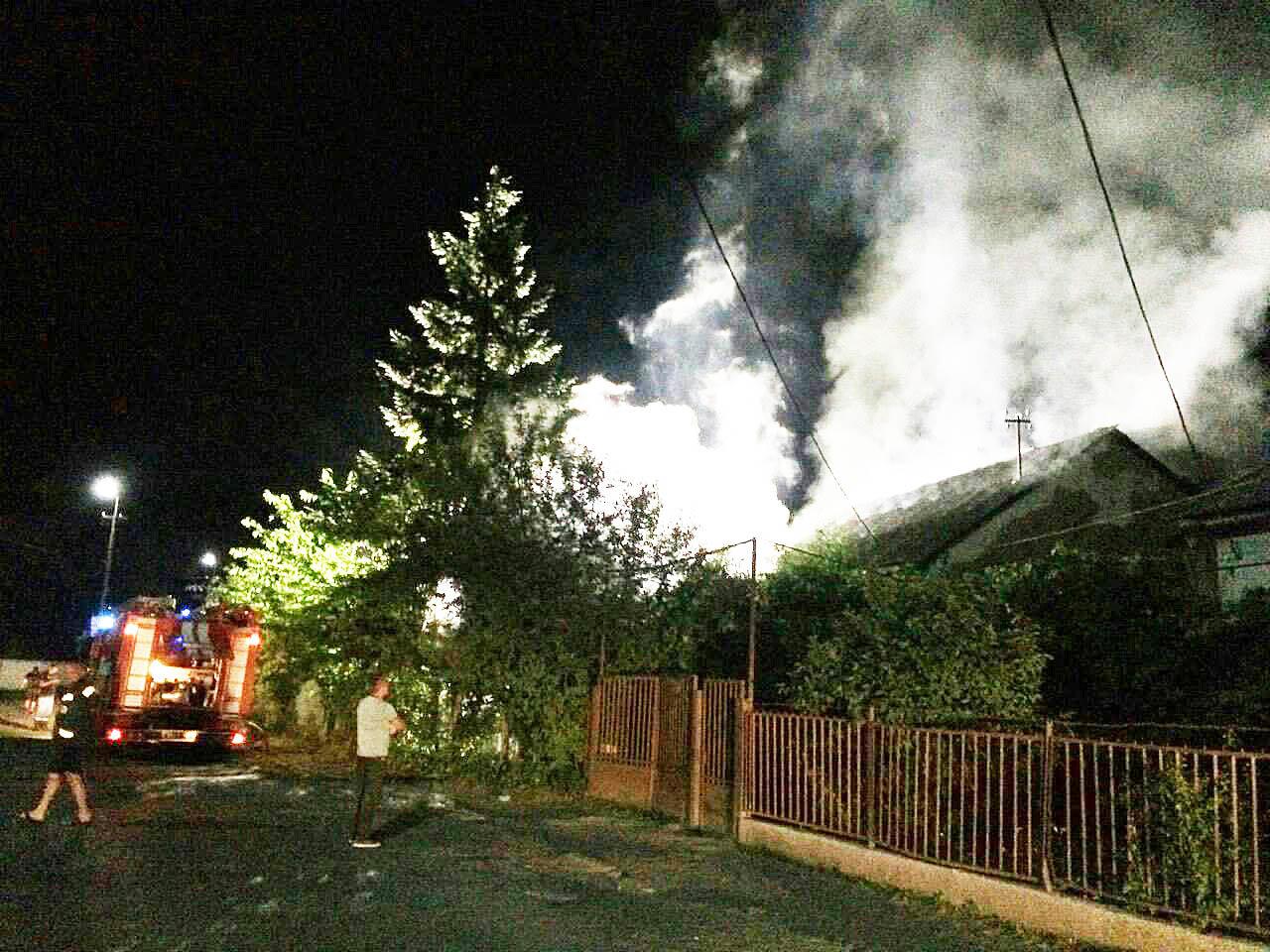 Закарпатському активісту спалили дві машини - поліція відкрила кримінальне провадження (ФОТО), фото-2