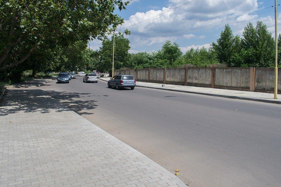 В Ужгороді на Шумній підрядник усуває недоліки (ФОТОФАКТ), фото-10