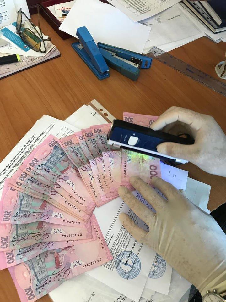 На Закарпатті на хабарі у 7 тис грн викрили провідного спеціаліста Держпродспоживслужби (ФОТО), фото-3