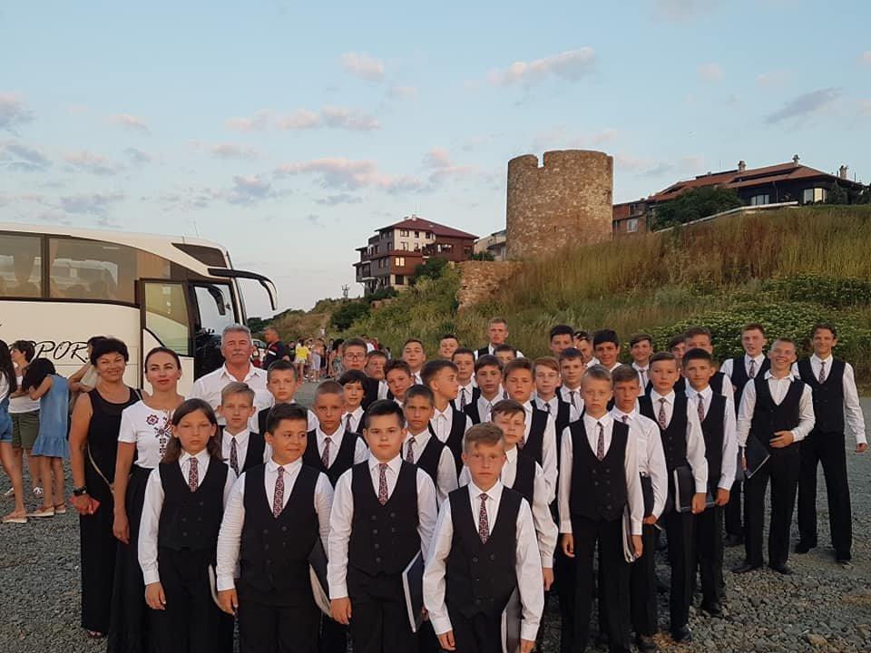 Мукачівський хор хлопчиків та юнаків виступив на фестивалі в Болгарії та підкорив серця європейців (ФОТО), фото-6
