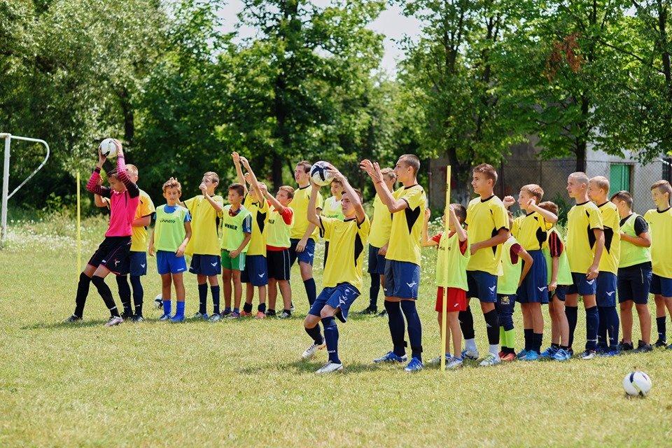 На Ужгородщині відкрили безкоштовну футбольну школу «Олімпік»К» - на черзі облаштування стадіону (ФОТО), фото-1