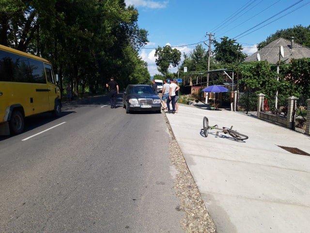 На Закарпатті під колеса «Mercedes» потрапив 9-річний хлопчик (ФОТО), фото-1