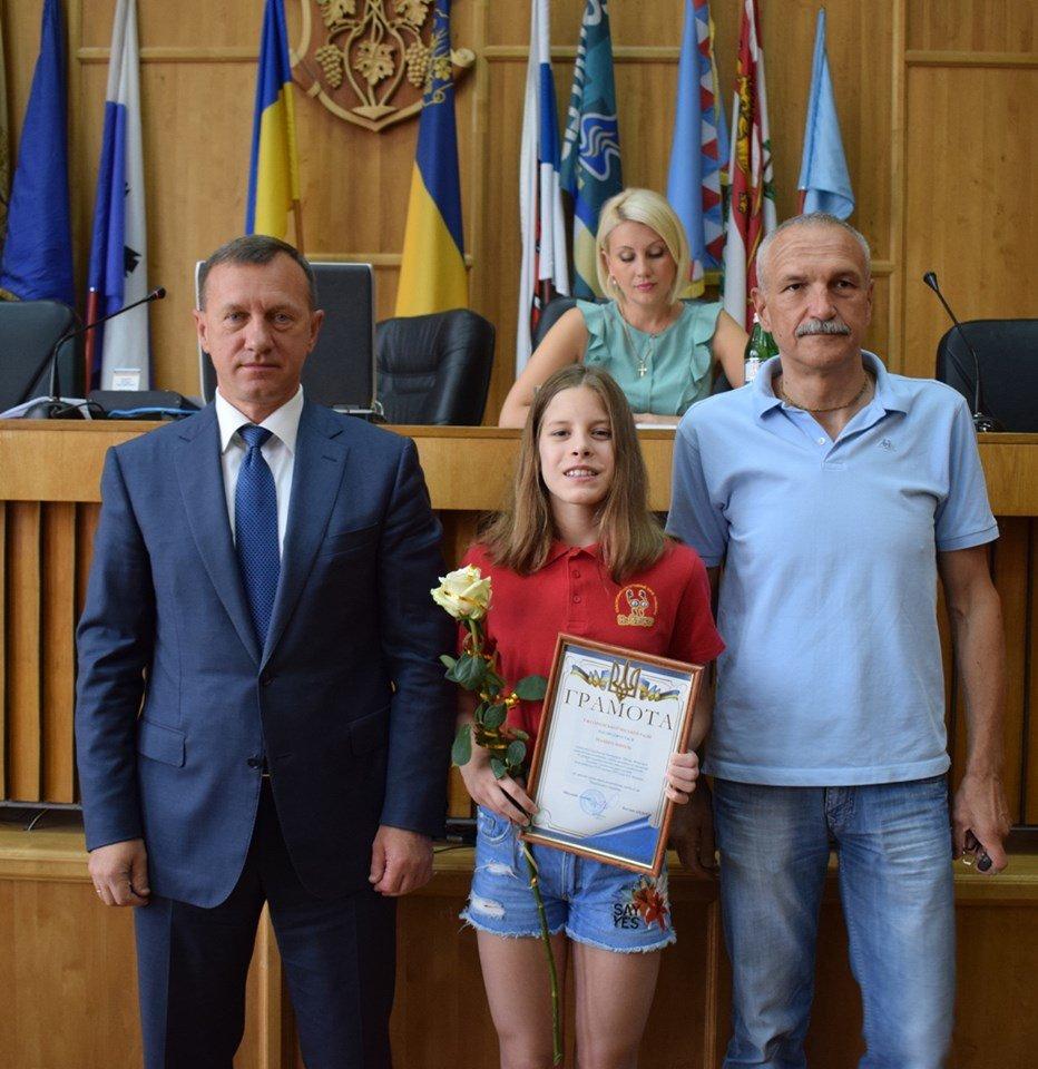 В Ужгороді відзначили юних спортсменів (ФОТО), фото-1