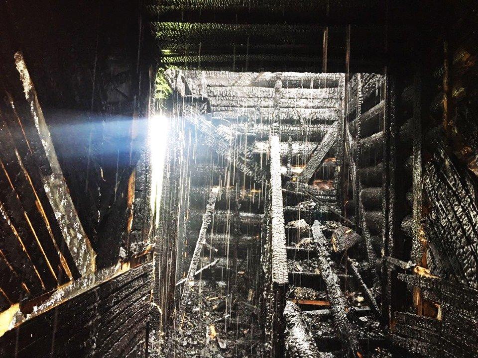 Пожежа знищила частину житлового будинку на Закарпатті: подробиці від ДСНС , фото-3