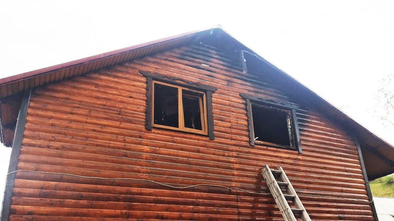 Пожежа знищила частину житлового будинку на Закарпатті: подробиці від ДСНС , фото-2