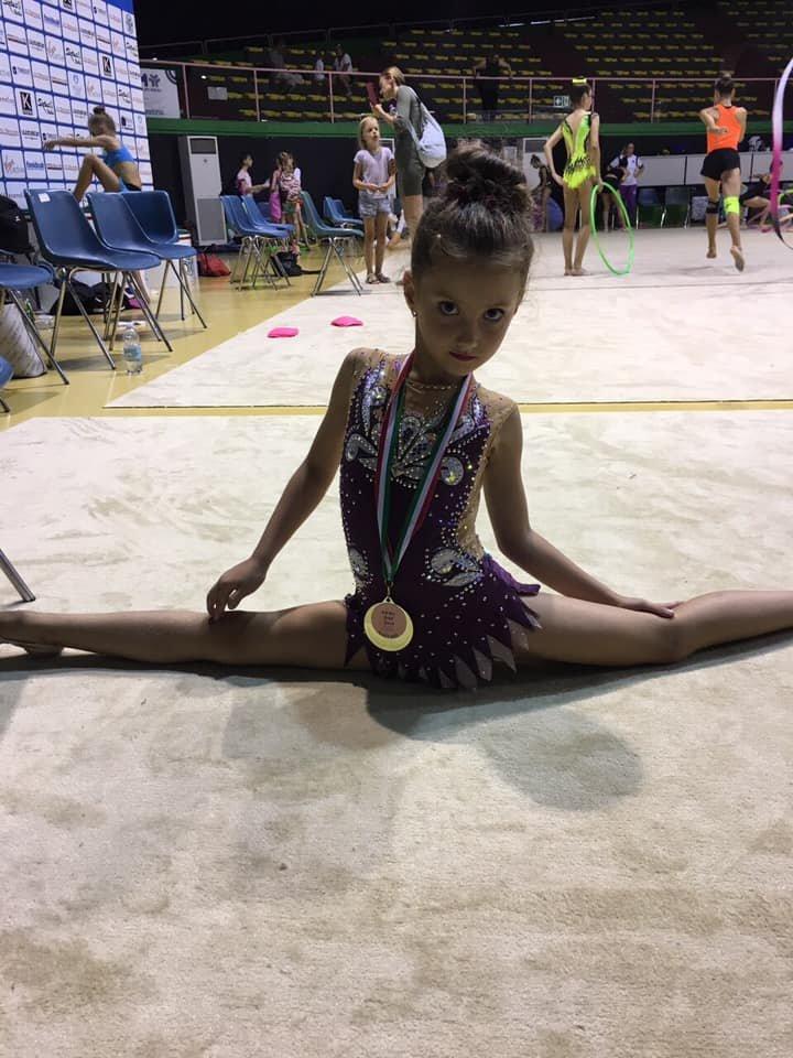 """Юні ужгородські гімнастки привезли три """"золота"""" із Риму (ФОТО), фото-5"""