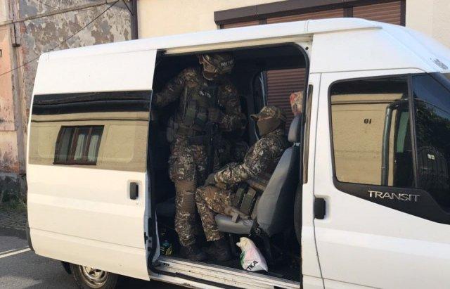 Почалося! На Закарпатті - масові арешти через підкуп виборців, затримано людей і на 68-му окрузі, фото-1