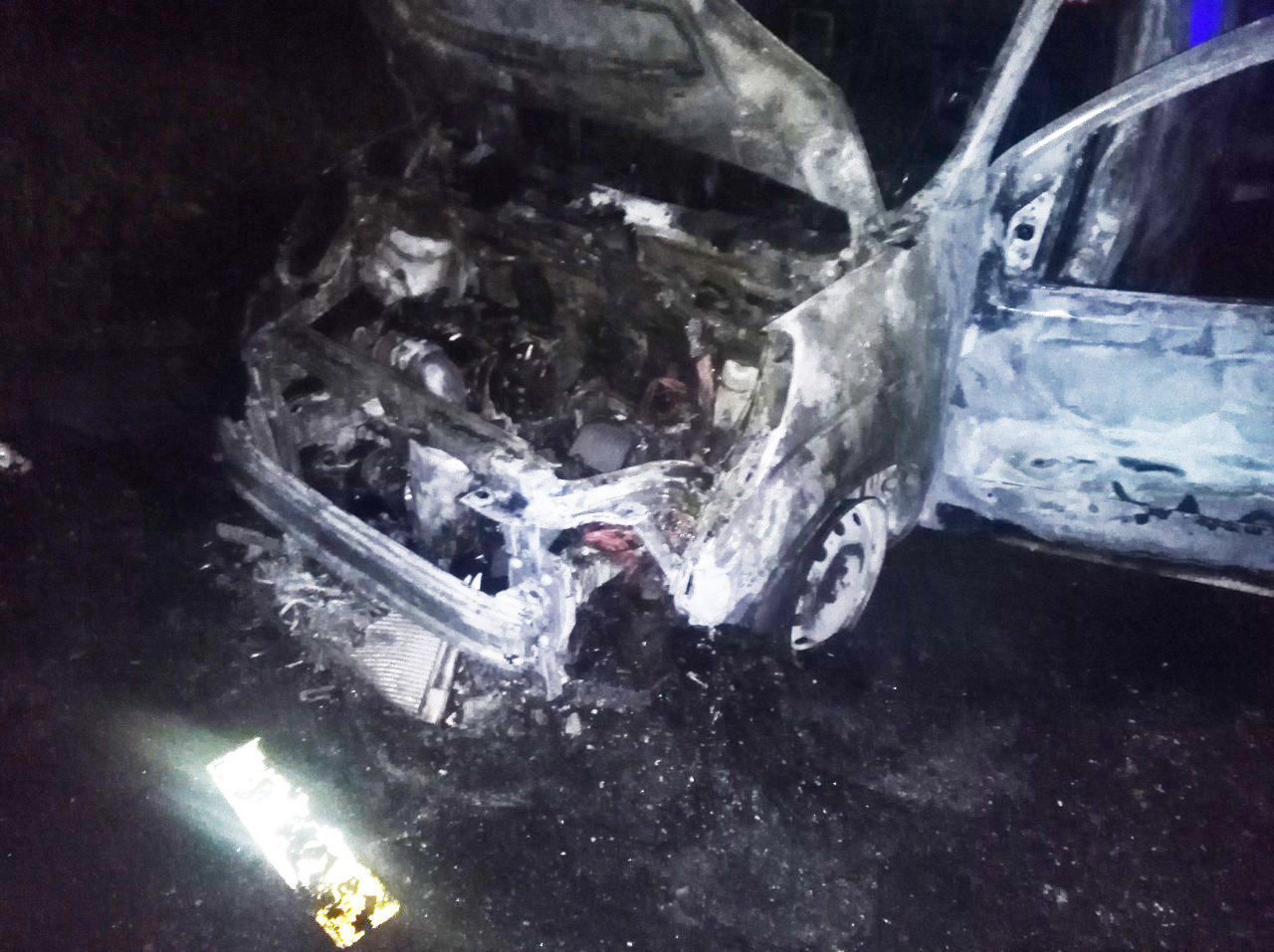 За добу в Ужгороді горіли два житлових будинки та автомобіль (ФОТО), фото-2