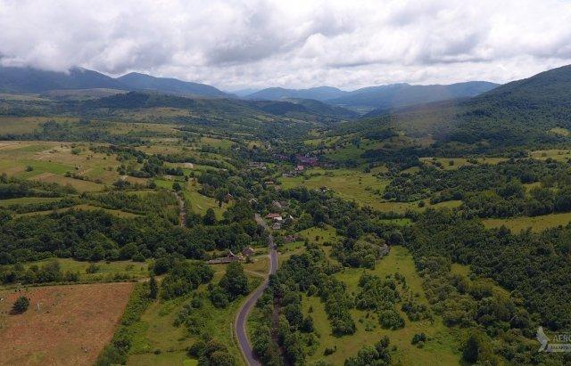 Гірське закарпатське село показали з висоти пташиного польоту (ФОТО), фото-3