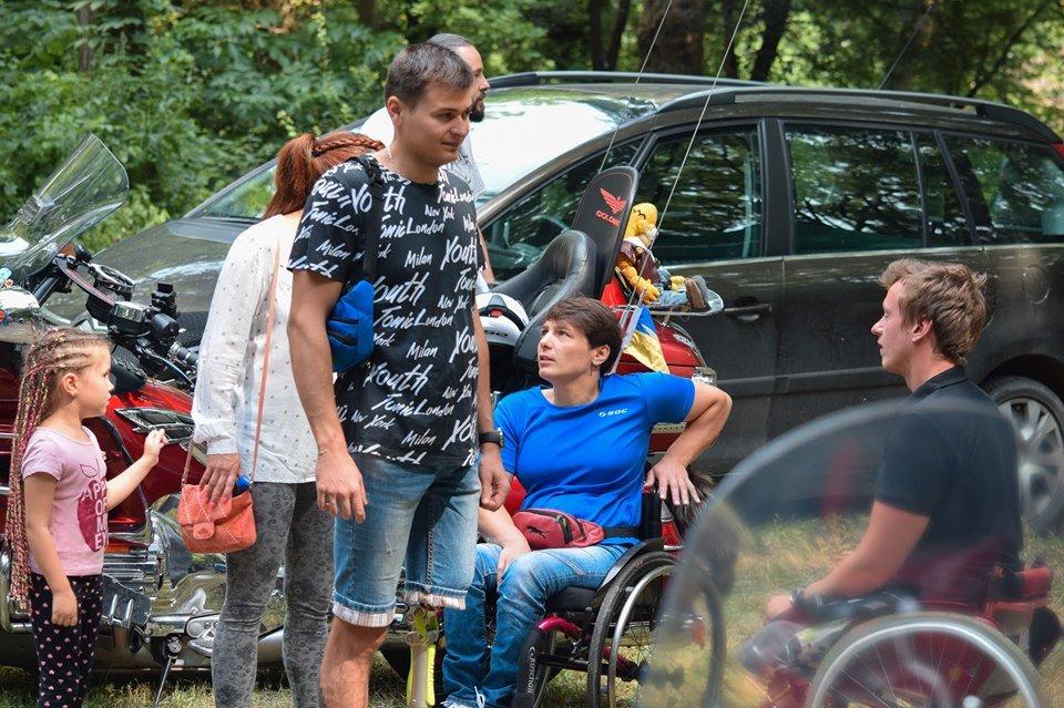 У Боздоському парку в Ужгороді провели благодійну акцію для людей з інвалідністю (ФОТО), фото-3