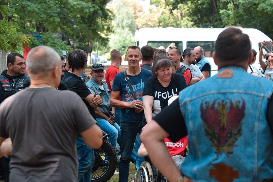 У Боздоському парку в Ужгороді провели благодійну акцію для людей з інвалідністю (ФОТО), фото-7