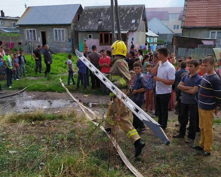 Закаратські вогнеборці тричі за добу виїжджали на пожежі у житлових будинках (ФОТО), фото-1