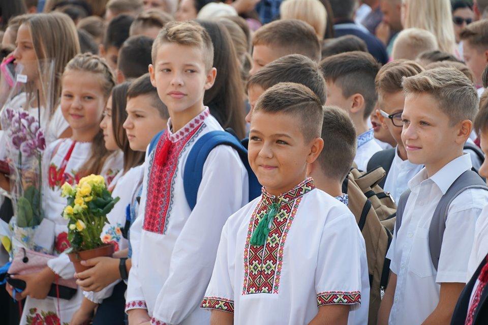 В Ужгороді цьогоріч 1 771 першачків (ФОТО), фото-2