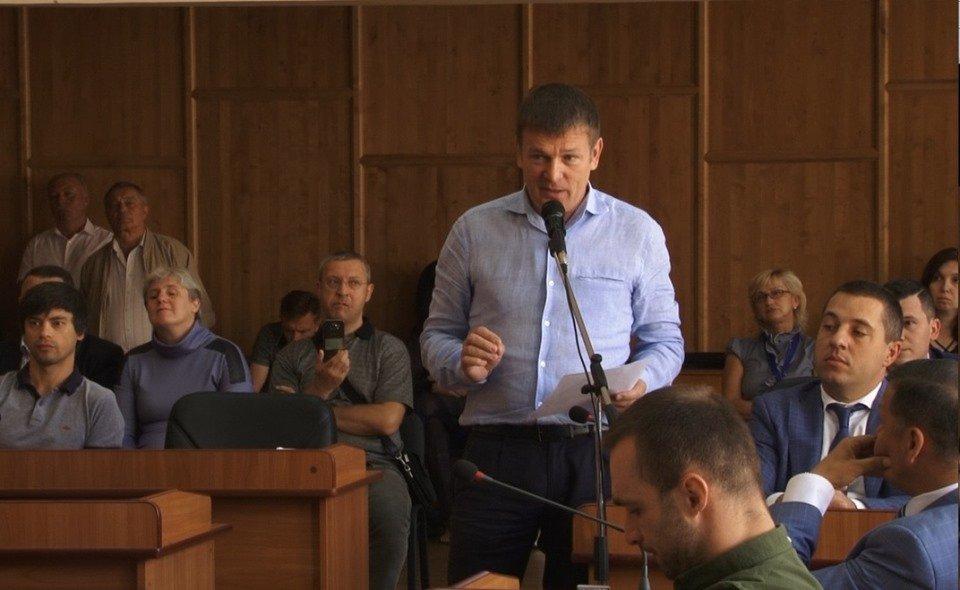 Скандальна сесія міськради Ужгорода: Земельні схеми, кадрове свавілля та незаконне відчуження майна (ВІДЕО), фото-1