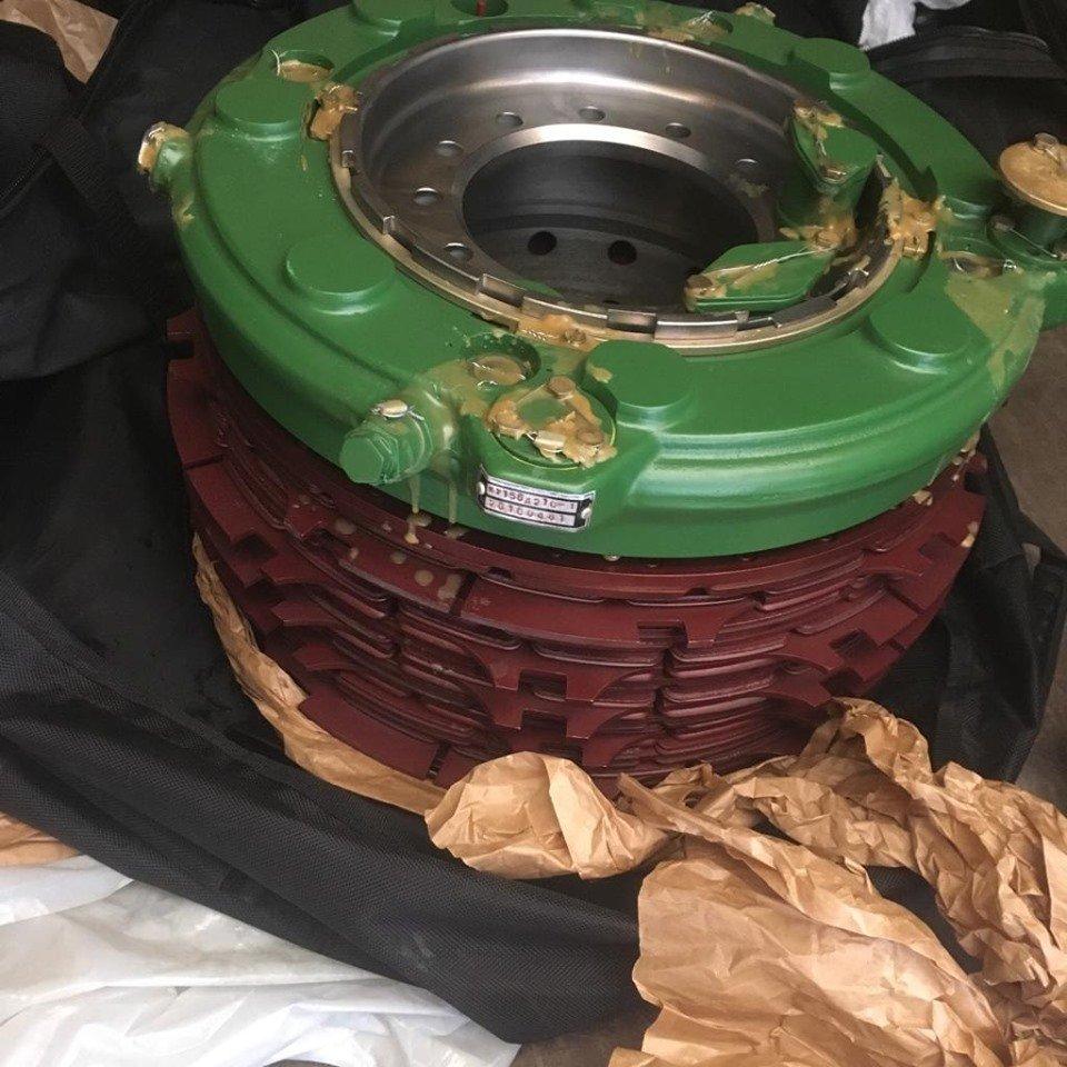 """На КПП """"Тиса"""" у закарпатця знайшли деталь колеса військового літака СУ-27 (ФОТО), фото-2"""