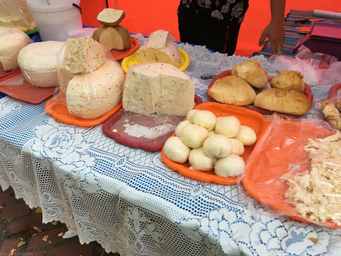 Смаколики, сир, вино та колесо огляду: ярмарок до Дня міста Ужгород запрошує (ФОТО), фото-4