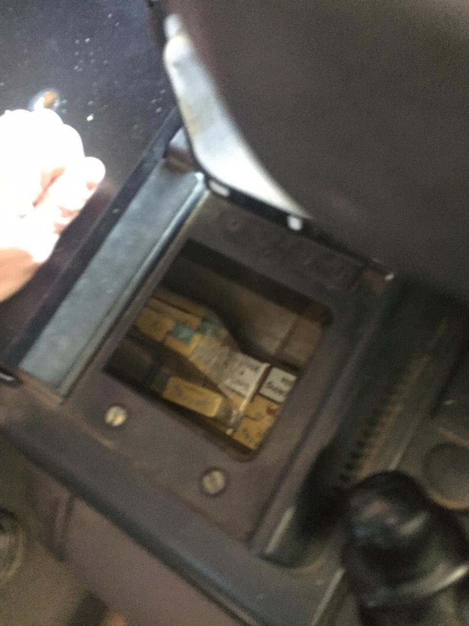 Українець у тягачі через Закарпаття віз контрабандні цигарки до Румунії (ФОТО), фото-5
