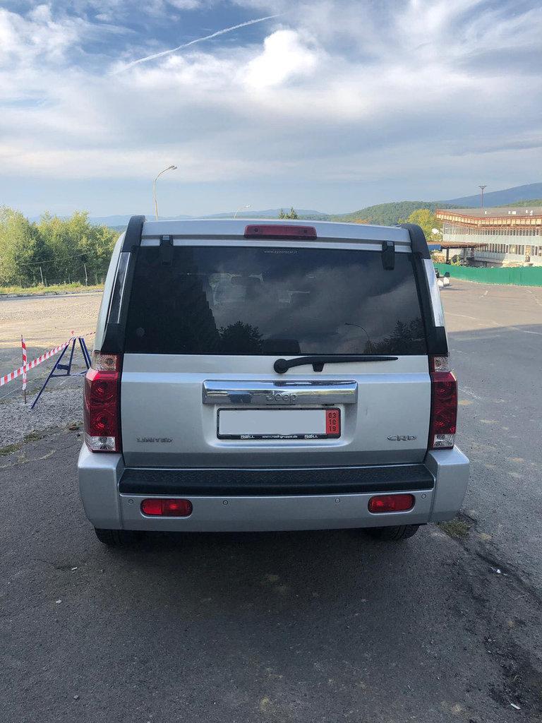 "На КПП ""Ужгород"" в українця вилучили «Jeep Commander» за 10 000 євро - через обман (ФОТО), фото-2"