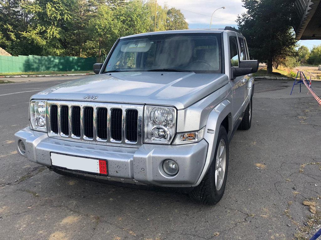 "На КПП ""Ужгород"" в українця вилучили «Jeep Commander» за 10 000 євро - через обман (ФОТО), фото-1"