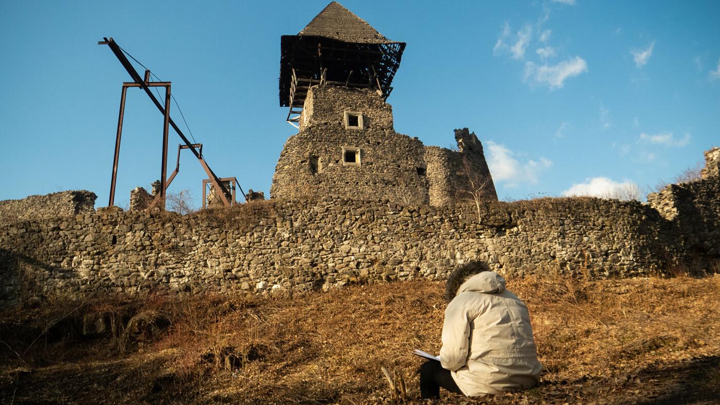 """Невицький замок """"реконструювали"""" у неймовірній комп'ютерній грі (ФОТО, ВІДЕО), фото-11"""