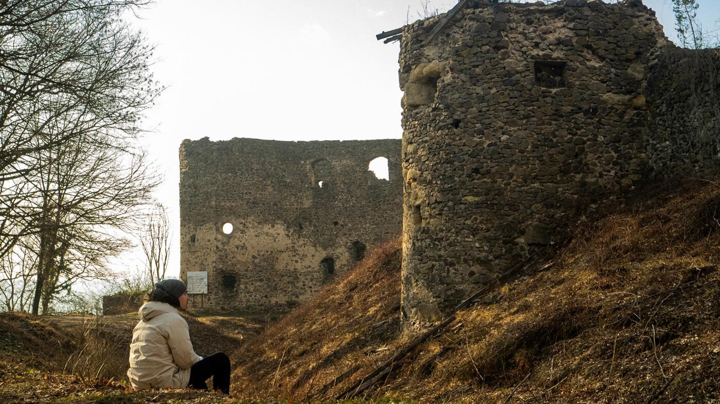 """Невицький замок """"реконструювали"""" у неймовірній комп'ютерній грі (ФОТО, ВІДЕО), фото-12"""