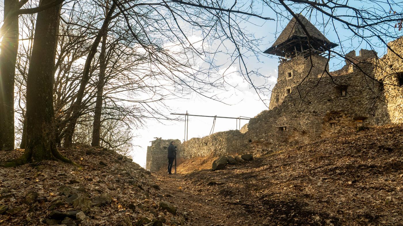 """Невицький замок """"реконструювали"""" у неймовірній комп'ютерній грі (ФОТО, ВІДЕО), фото-14"""