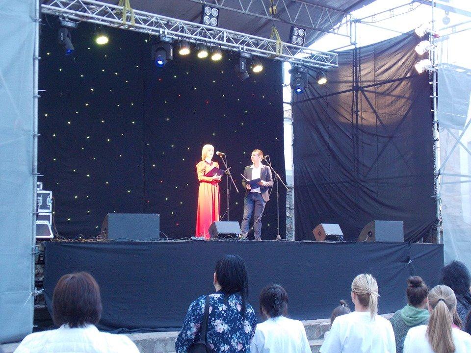 """""""Я хочу жити"""" - У Мукачеві на благодійному концерті зібрали 300 тисяч гривень, фото-1"""
