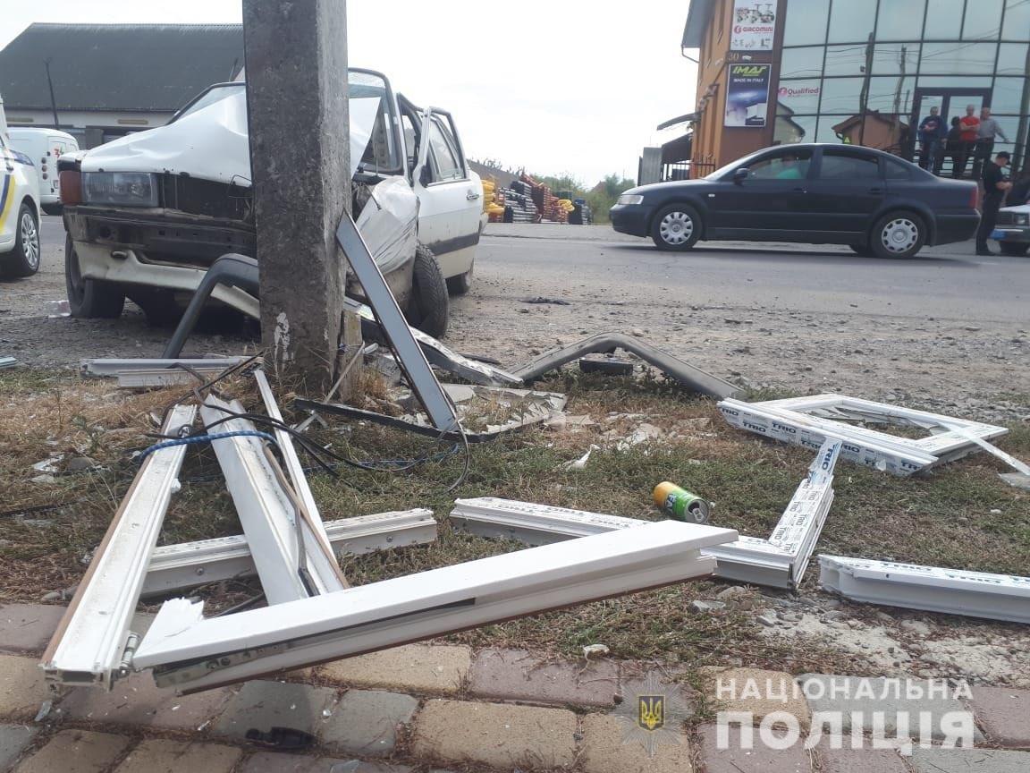 Водій втратив свідомість: У поліції розповіли про смертельну ДТП у Виноградові (ФОТО), фото-1