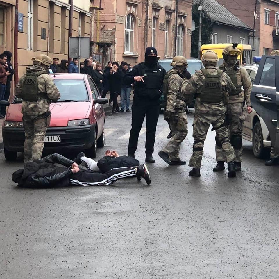 Суд залишив двох наркодилерів з Хуста під вартою із заставою близько 1 млн грн кожному , фото-3