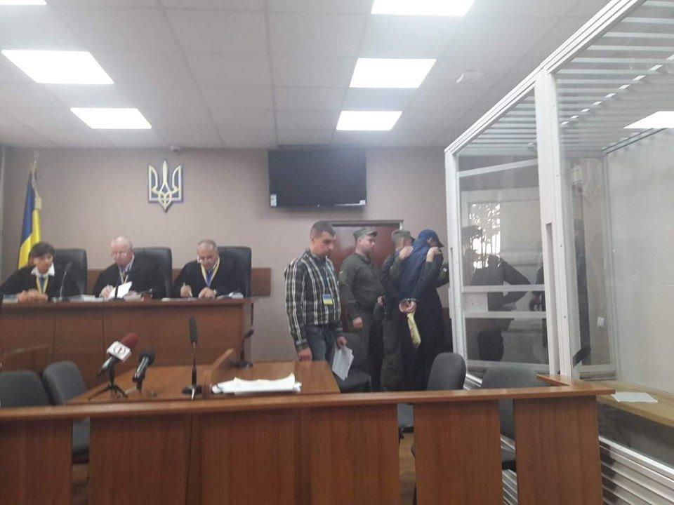 Суд залишив двох наркодилерів з Хуста під вартою із заставою близько 1 млн грн кожному , фото-1