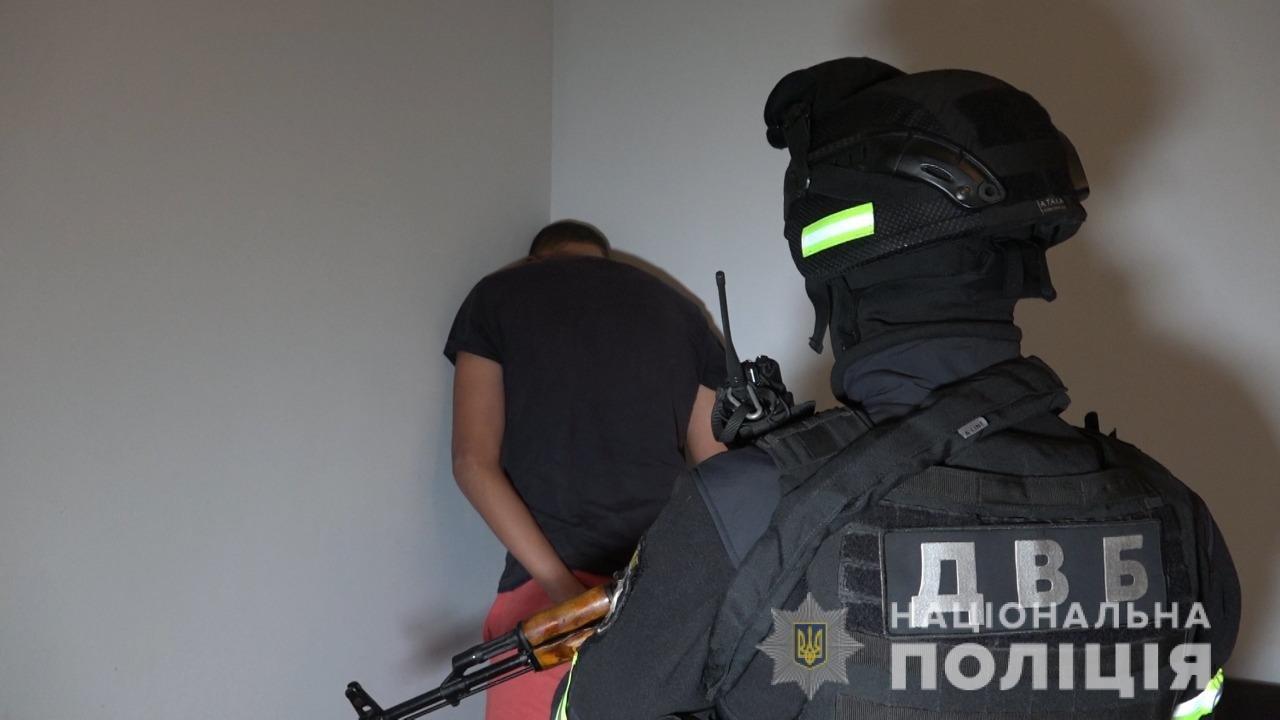 Злочин розкрито: поліція затримала організатора та виконавця замаху на вбивство керівника УЗЕ в Ужгороді (ОНОВЛЕНО), фото-4