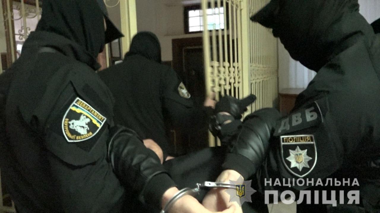 Злочин розкрито: поліція затримала організатора та виконавця замаху на вбивство керівника УЗЕ в Ужгороді (ОНОВЛЕНО), фото-1