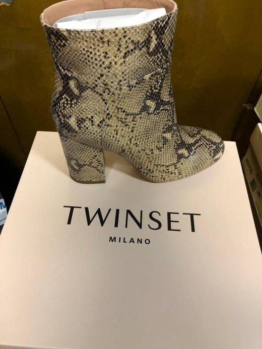 Закарпатські митники вилучили партію брендового взуття із Італії (ФОТО), фото-5