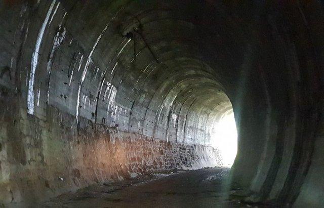 У мережі показали ще один закинутий тунель на Закарпатті - довжиною понад 300 м (ФОТО, ВІДЕО), фото-4