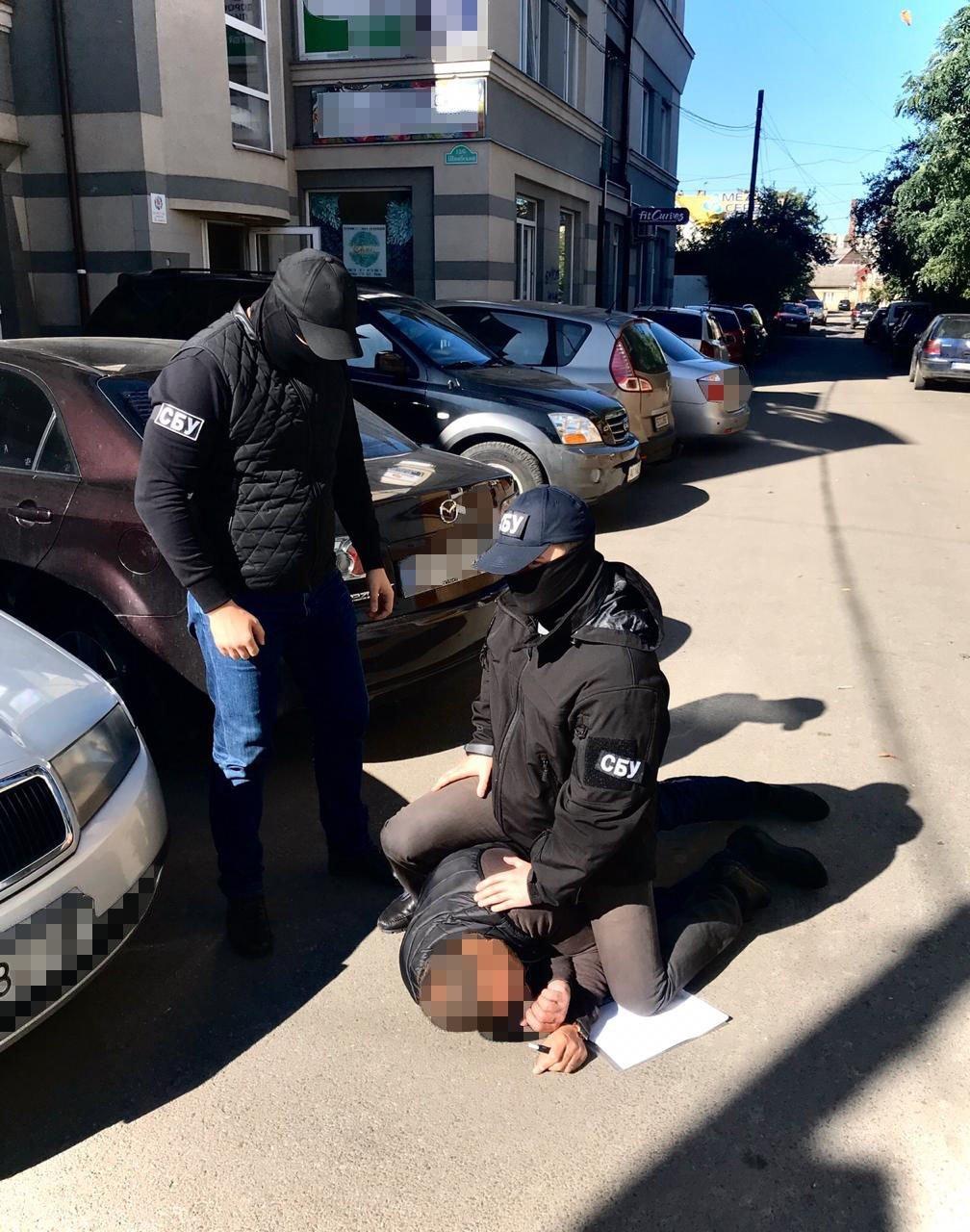 Офіційні подробиці затримання на хабарі начальника Держекоінспекції в Ужгороді (ФОТО), фото-2