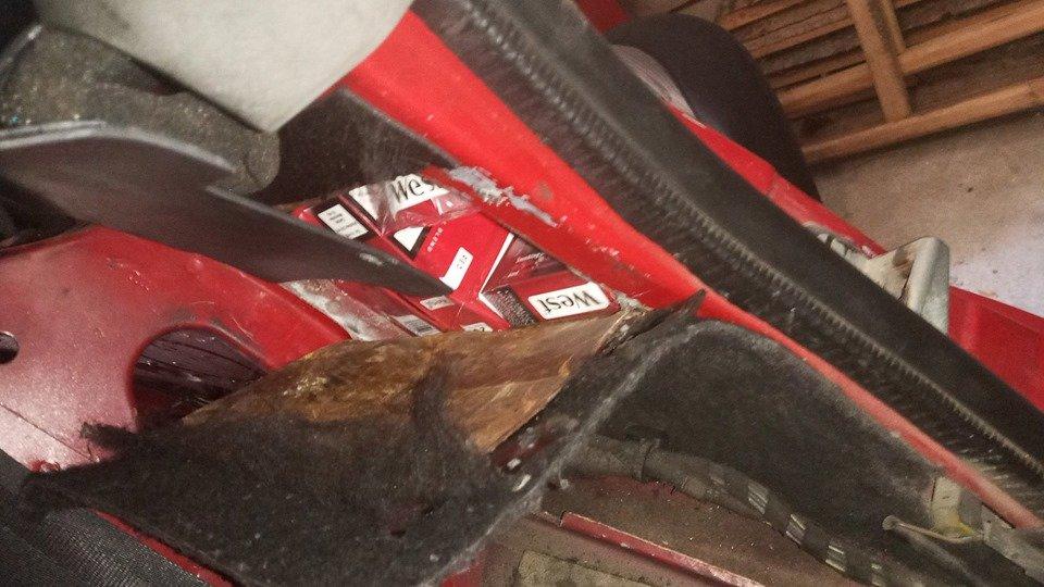 На Закарпатті у поляка забрали «Audi» через приховані 122 пачки сигарет (ФОТО), фото-4