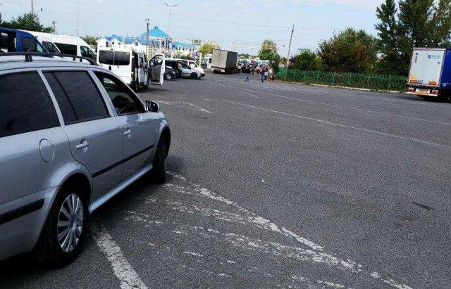"""""""Піджаків"""", які два дні блокували кордон на Закарпатті, """"дахувала"""" серйозна структура - Бондаренко, фото-2"""