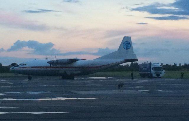 Літак, що здійснив аварійну посадку біля Львову, замішаний у контрабандному скандалі в Ужгороді, фото-4