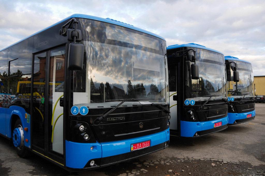 """Усі 10 нових """"Електронів"""" в Ужгороді: після належних процедур вийдуть на маршрути (ФОТО), фото-2"""