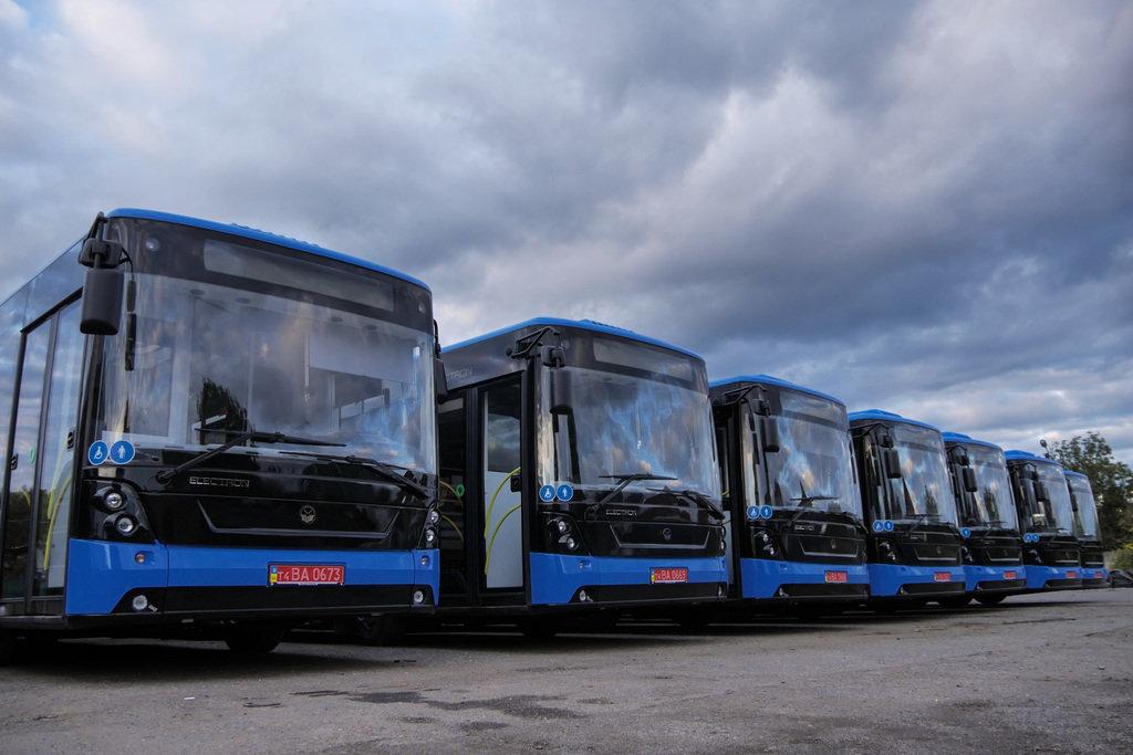 """Усі 10 нових """"Електронів"""" в Ужгороді: після належних процедур вийдуть на маршрути (ФОТО), фото-4"""