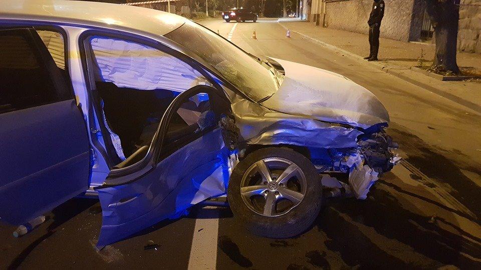 Офіційно про нічну ДТП в Ужгороді: у зіткненні Volkswagen та Range Rover постраждало 4 осіб (ФОТО, ВІДЕО), фото-11