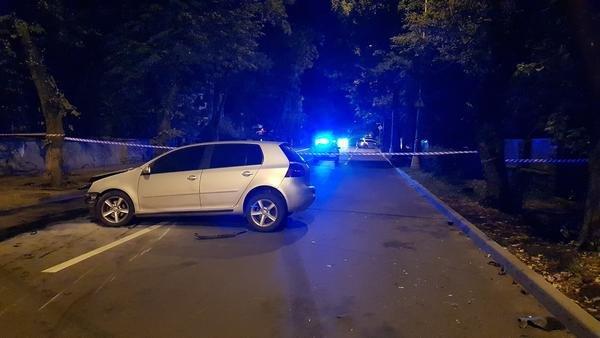 Офіційно про нічну ДТП в Ужгороді: у зіткненні Volkswagen та Range Rover постраждало 4 осіб (ФОТО, ВІДЕО), фото-5