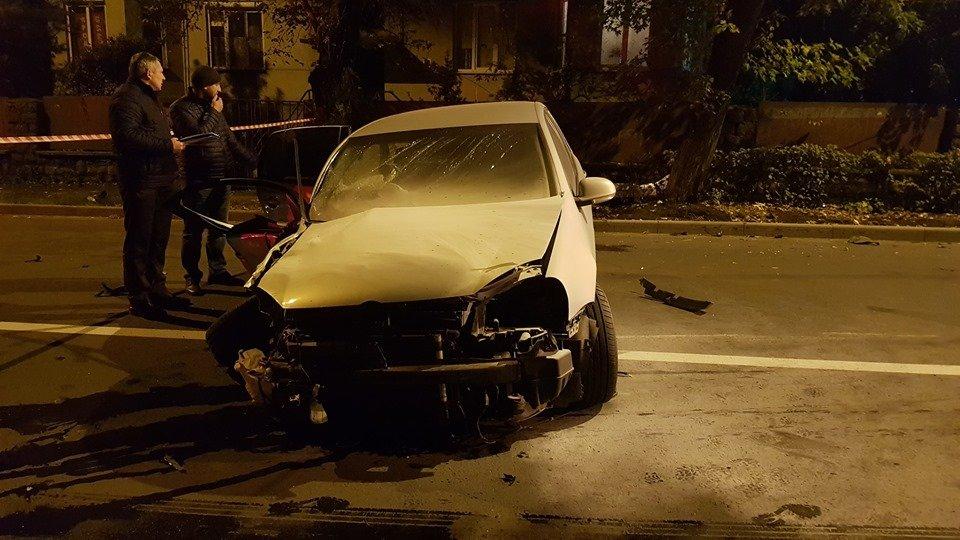 Офіційно про нічну ДТП в Ужгороді: у зіткненні Volkswagen та Range Rover постраждало 4 осіб (ФОТО, ВІДЕО), фото-9