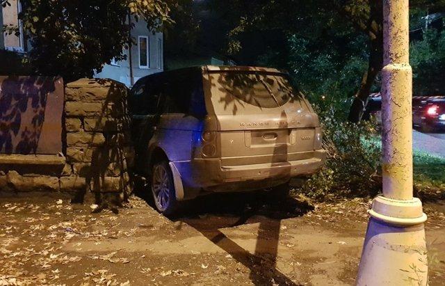 Лобове зіткнення VW та Land Rover в Ужгороді - перекрито частину Собранецької (ФОТО), фото-4