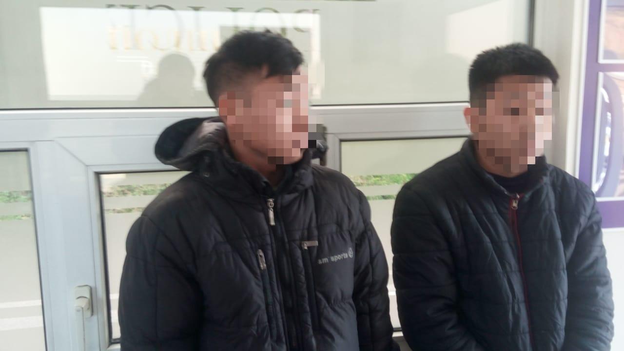 """На посту """"Нижні Ворота"""" у машині українця виявили двох нелегалів з Азії , фото-1"""