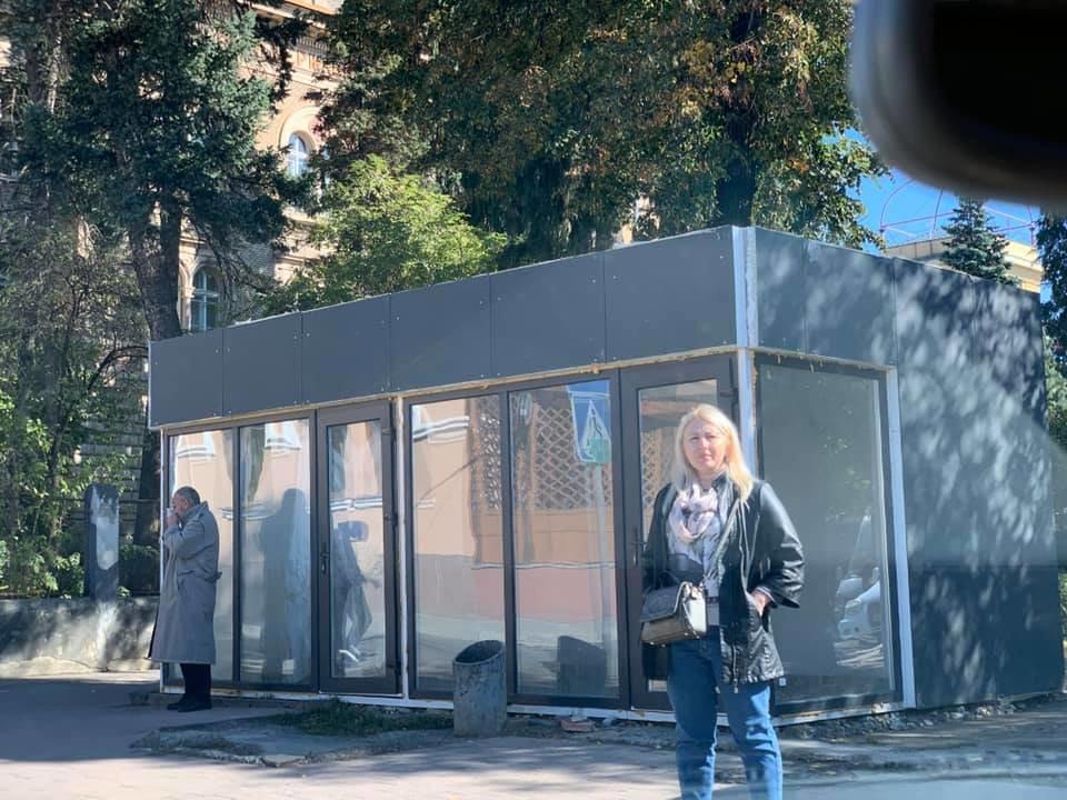 Міська рада дозволила встановити нові МАФи на Грушевського та Корятовича - ужгородці проти (ВІДЕО), фото-4